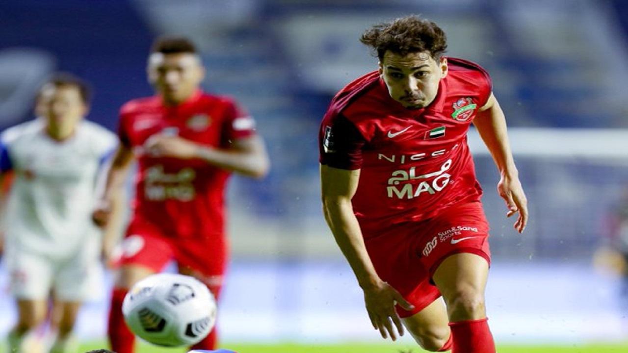 لاعب الهلال السابق كارلوس إدواردو يتوج بالسوبر الإماراتي مع فريقه الجديد