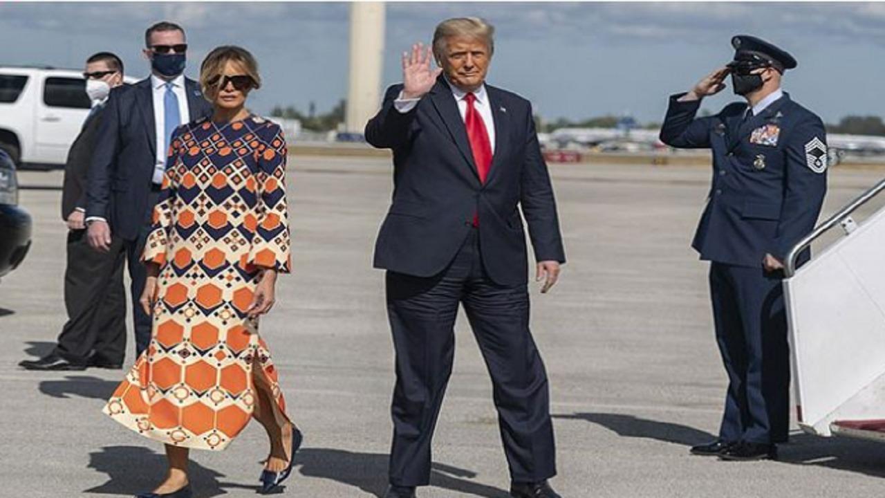 """بالفيديو.. """"ميلانيا"""" ترفض الوقوف بجانب ترامب بعد وصولهما إلى فلوريدا"""