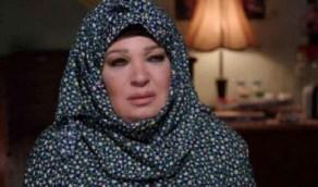 بالفيديو.. فيفي عبده تتخلى عن صمتها وتكشف حقيقة اعتزالها الفن من أجل الحجاب