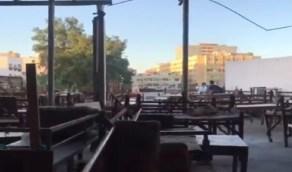 بالفيديو.. أقدم مقهي شعبي في جدة يحتفظ بتقاليده وأثاثه البسيط منذ عقود
