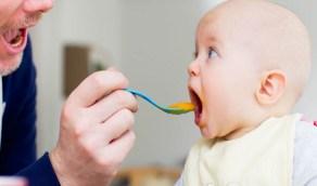 """""""كعكات الأرز والتفاح"""" وجبات صحية لطفلك بعد عمر 6 أشهر"""