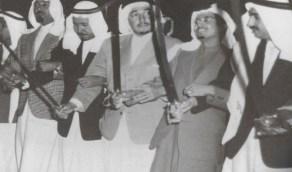 صورة تاريخية نادرة للملك عبدالله قبل تولي الحكم في الخمسينيات