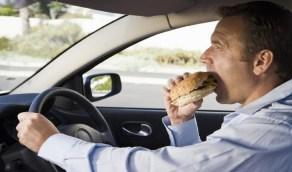أطعمة يجب تجنبها أثناء القيادة لمسافات طويلة