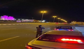 بالصور.. ضبط 3 أشخاص قادوا سيارات بسرعة جنونية في جازان والطائف