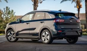 """""""كيا"""" أفضل صانع للسيارات الكهربائية لعام 2020"""