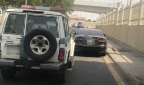 القبض على سائق مركبة قاد عكس السير بجدة