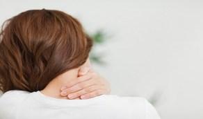 4 أسباب وراء حدبة الرقبة الدهنية وطرق التخلص منها
