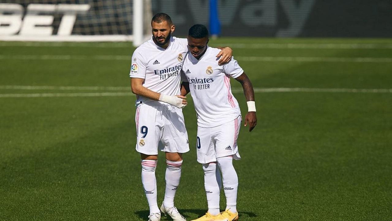 ريال مدريد يفقد بنزيما قبل مواجهة بلد الوليد