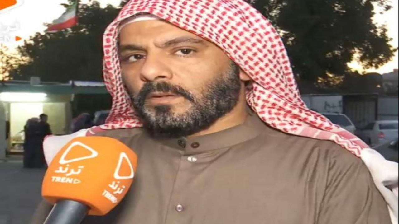 شاهد..حقيقة انتحار الطفل البدون بعد رؤية والده يطلب المال من الناس عند باب مسجد