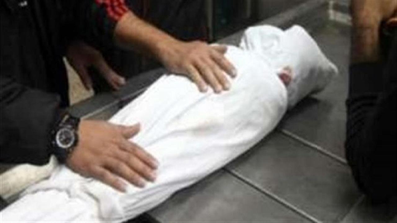 مقتل طفل أثناء هجوم مسلح على سيارة عروسين