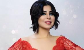 """بالصورة.. حليمة بولند بملابس على شكل """"الجواز الكويتي"""""""