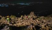 """""""مدني الباحة"""" ينقذ مواطنيَن علقا في منطقة جبلية بقرية بيضان البارك"""