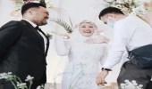 عروس تعانق حبيبها السابق أمام زوجها في حفل الزفاف