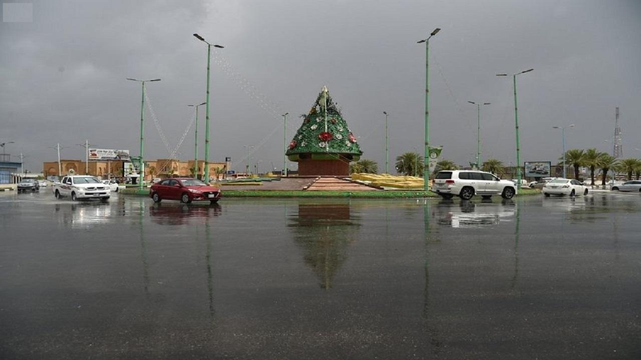 أمطار رعدية على منطقة جازان تستمر حتى الخامسة مساءً