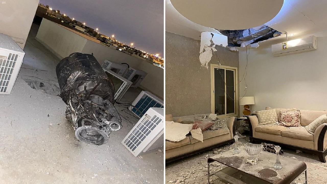 صور من منزل مواطن بالرياض تكشف آثار انتشار شظايا اعتراض صاروخ بالستي أطلقه الحوثيين