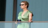 """بالصور.. أحدث ظهور لـ """"إيفانكا ترامب"""" بفستان أخضر ونظارة شمسية"""