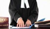 فيديو يفضح محامي يمارس الرذيلة مع مساعدته أثناء دفاعه عن أحد المعتقلين
