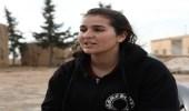 """بالفيديو.. زوجة أمير داعشي تكشف تفاصيل """"صادمة"""" بشأن تعامل التنظيم مع النساء"""