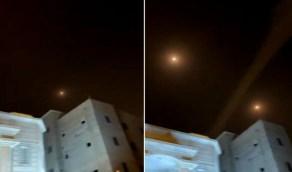 شاهد..اعتراض صاروخين بالستيين أطلقتهما مليشيا الحوثي تجاه الظهران