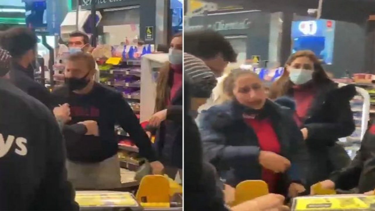 بالفيديو.. شجار حاد بين فتاة وشاب داخل متجر شهير في لبنانلسبب غريب