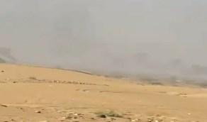 شاهد..لحظة تدمير تعزيزات كبيرة للحوثيين في مأرب بواسطة طيران التحالف
