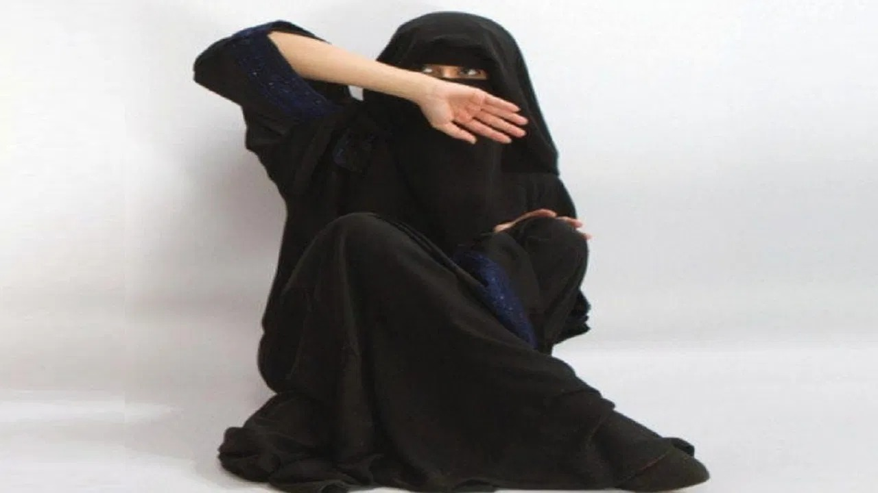 مواطنة تستنجد: زوجي يشرب ويجي يضربني بساطور