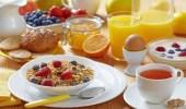 تناول وجبة الإفطار في وقت مبكر يقلل خطر الإصابة بالسكري
