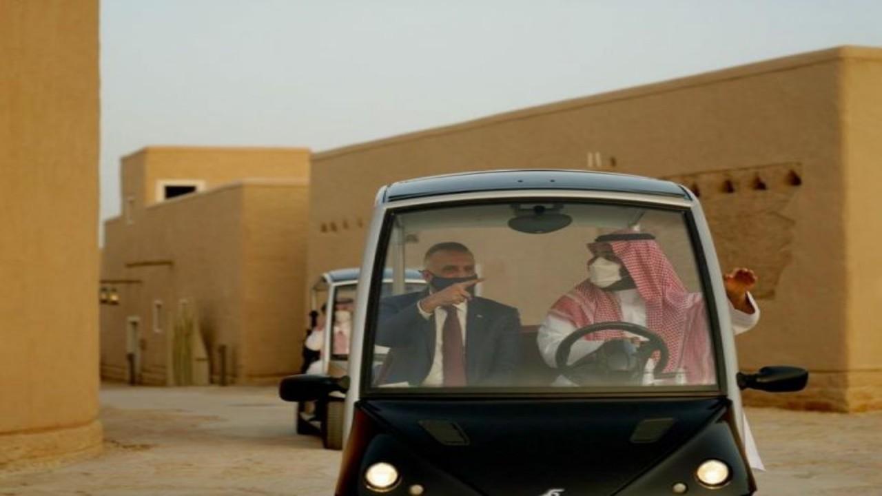 ولي العهد يصطحب رئيس وزراء العراقفي جولة بالدرعية