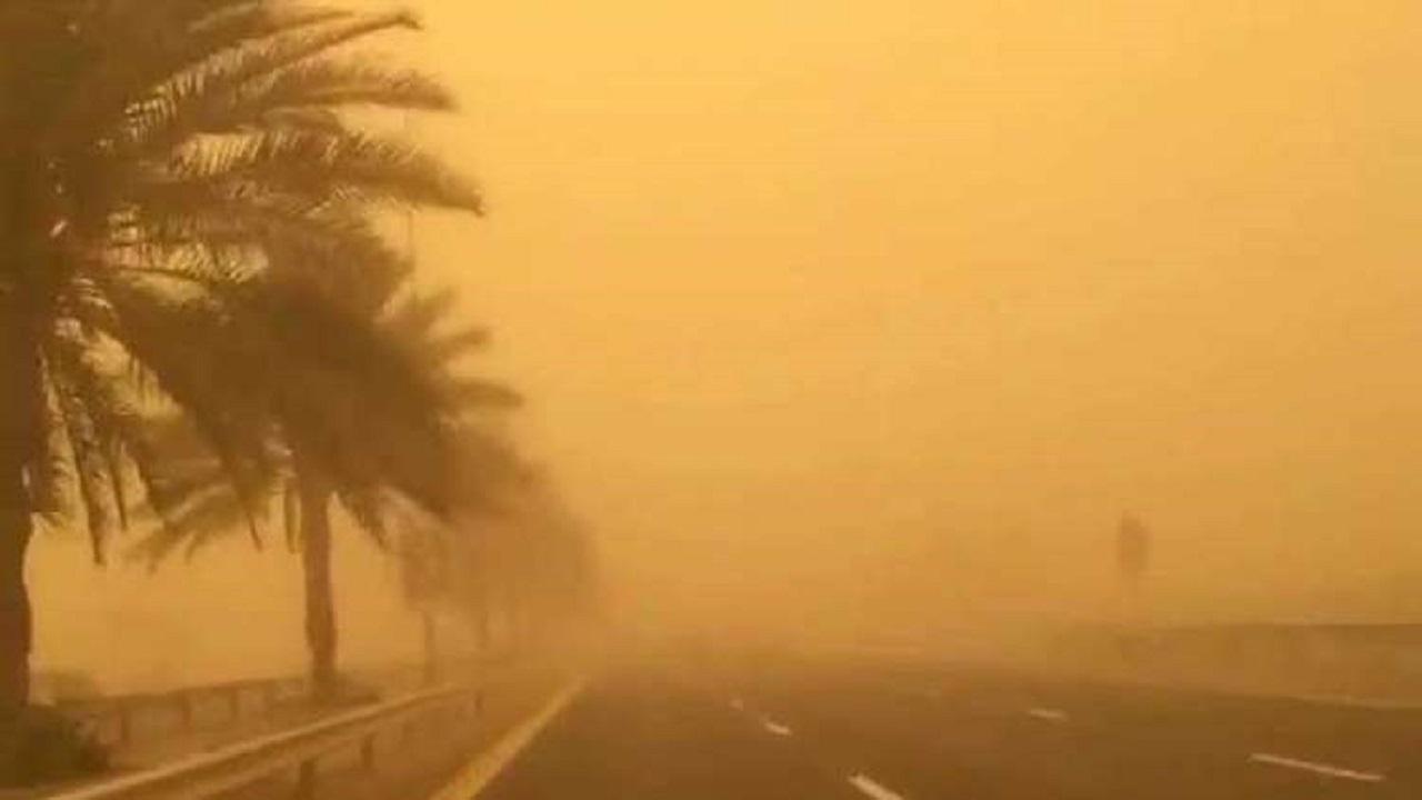 """بالفيديو.. """"المسند"""" يحذر من عاصفة رملية على بعض أجزاء المملكة اليوم"""