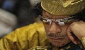 بالفيديو.. الكشف عن المكان الذي لجأ إليه القذافي بعد محاصرة المحتجين له