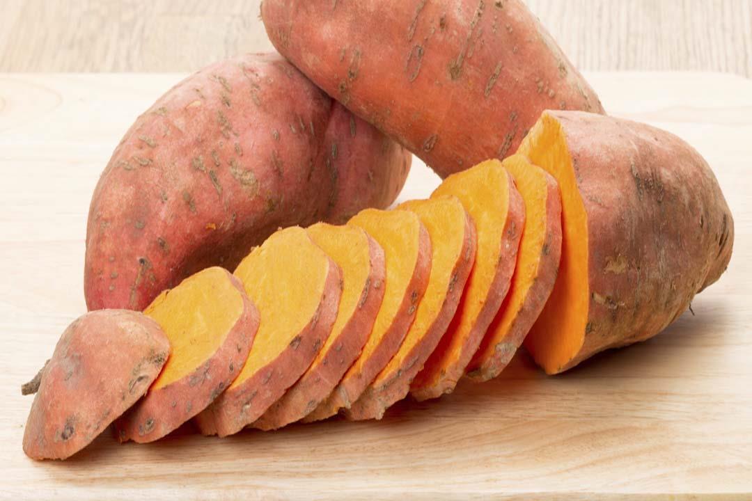 البطاطا الحلوة تساعد على الوقاية من السرطان