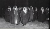 صورة نادرة لمرافقي الملك عبد العزيز أثناء زيارته التاريخية لمصر
