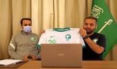 الأخضر يرتدي الزي الأبيض في مواجهة فلسطين