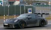 قدرات قوية لـ بورشه 911 GT3 RS تخطف الأنظار