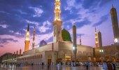 شاهد.. أول مصباح كهربائي في المسجد النبوي قبل 117عاماً