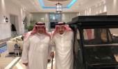 صورة حديثة لخادم الحرمين الشريفين مع الأمير فيصل بن سعود