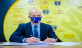 """التعاون يعلن التعاقد مع المدرب """"نيستور إل مايسترو"""" رسمياً"""