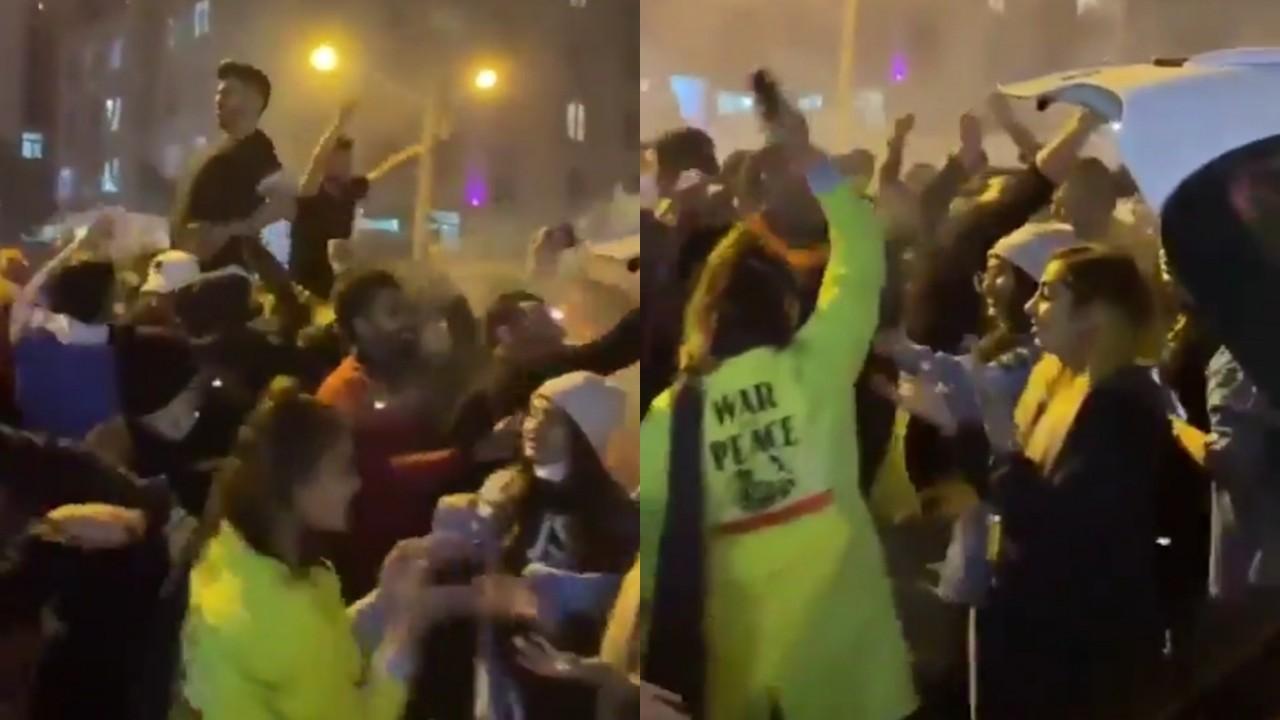بالفيديو.. رقص شبان وفتيات في أحد شوارع طهران يثير الجدل