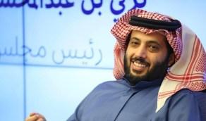 تركي آل الشيخ يلمح لإقامة مباريات اعتزال لعدد من لاعبي كرة القدم