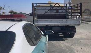 بالصور..القبض على قائد مركبة تعمد القيادة على أكتاف الطريق بعسير