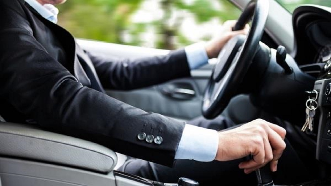معتقدات خاطئة لا توفر استهلاك الوقود في السيارة