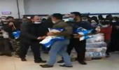بالفيديو..  مشاجرة داخل أحد المتاجر بسبب السكر المدعوم في لبنان