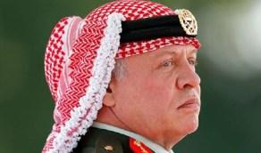 """اتصال هاتفي يفاجئ فتاة أردنية حُكم عليها بالسجن بعد قولها """"أبوي أحسن من الملك"""""""