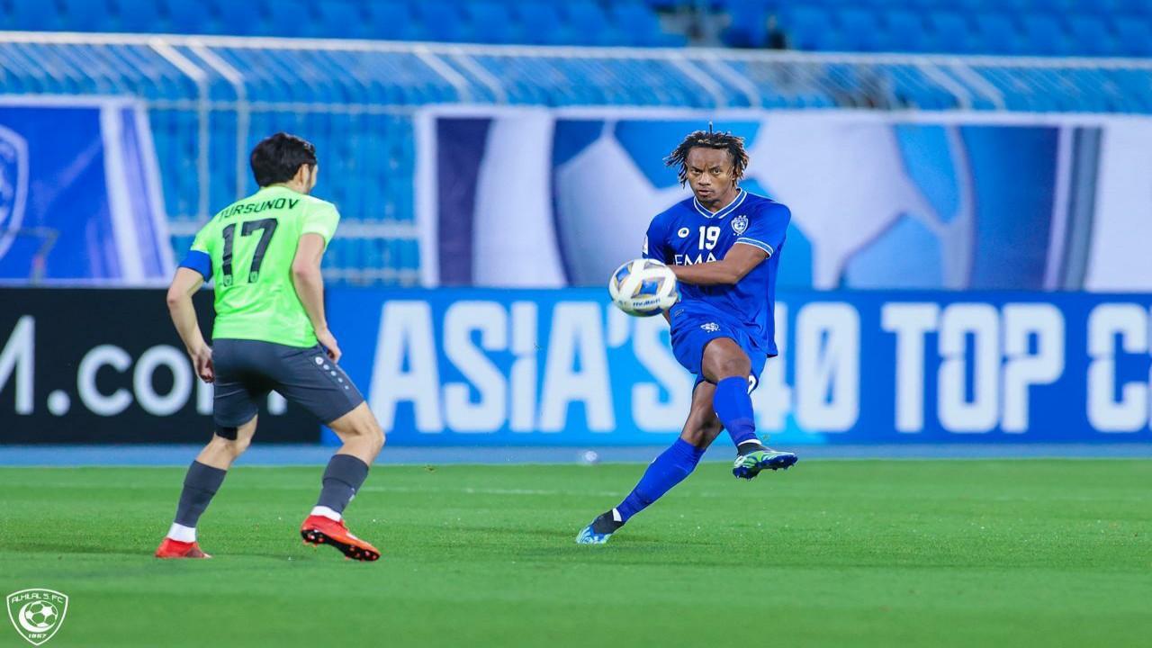 أجمك الأوزبكي ينتزع نقطة من أمام الهلال بدوري أبطال آسيا