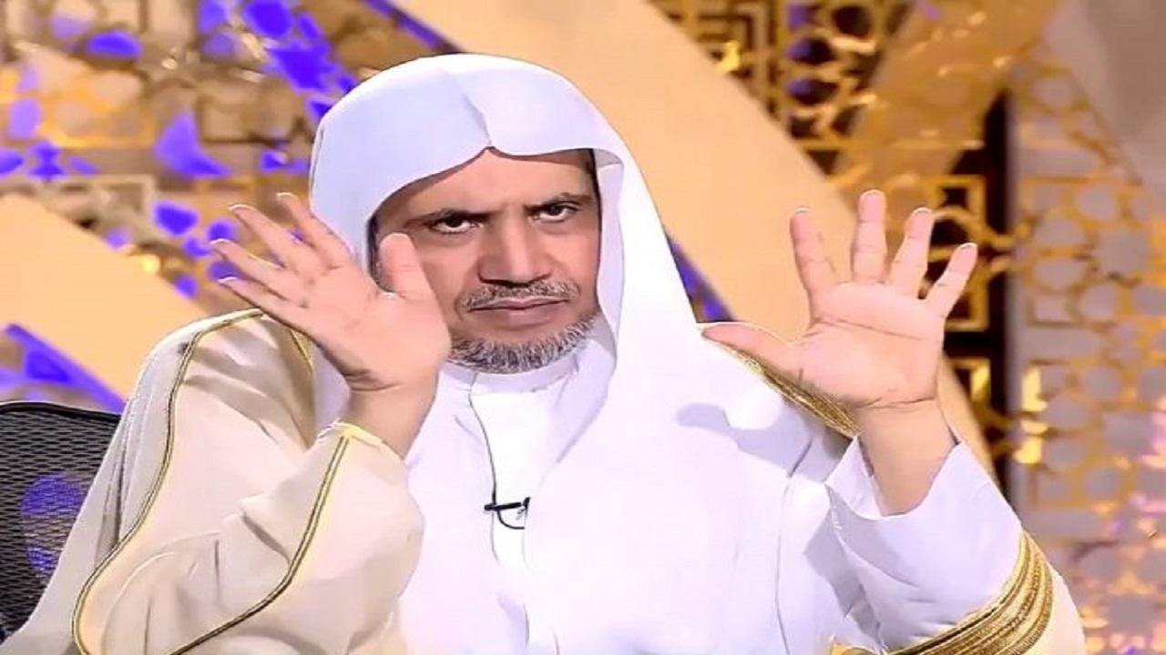 بالفيديو.. الدكتور العيسى يوضح حكمة خلق السماوات والأرض في 6 أيام