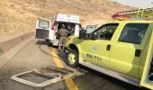 وفاة شخص وإصابة آخر في حادث انقلاب شاحنة بالباحة