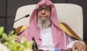 بالفيديو.. «الفوزان» يوضح حكم صلاة مأمومين اثنين على يمين الإمام