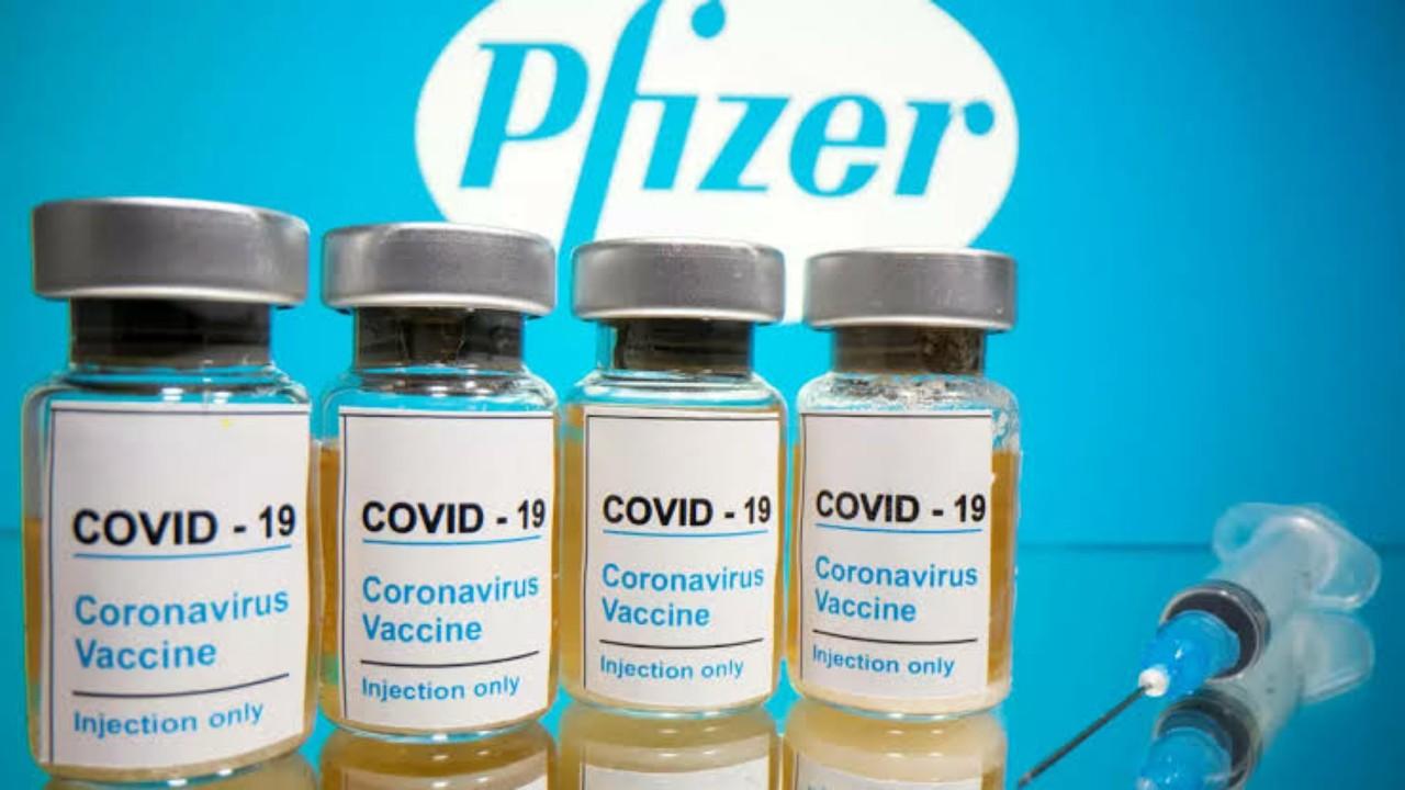 """"""" فايزر """" تصدم المحصنين:ستحتاجون إلى جرعة ثالثة من اللقاح"""