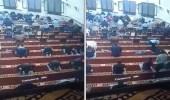 بالفيديو.. وفاة رجل فجأة أثناء صلاة التراويح