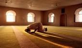 بالفيديو.. نصائح للتغلب على الوسواس القهري أثناء الخشوع في الصلاة